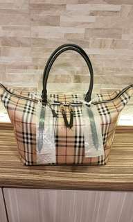 AUTHENTIC BURBERRY HAYMARKET CHECKERED TOTE BAG