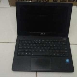 Notebook Asus X200CA Layar 11.6 Inch