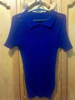 Knitted blue top(with collar)