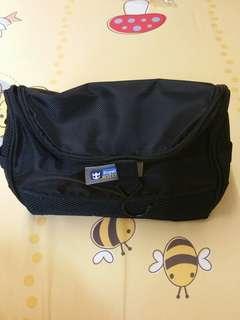 Pouch / Toiletries Bag