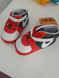 [Refuced]NEW NIKE Baby Peewalker #ramadan50