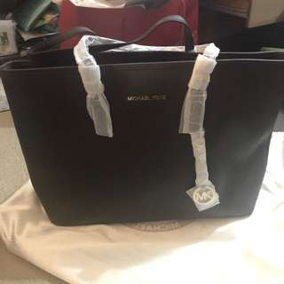 Michael Kors - Saffiano Leather Tote (Large) Dark Brown
