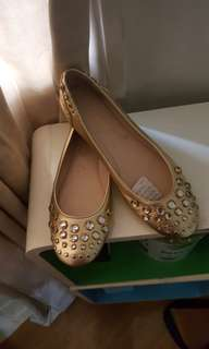 Authentic ninewest flats
