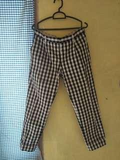 Uniqlo check pants