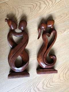 印尼峇厘島純原木雕琢手工藝品,全新,每隻$100,三隻$250