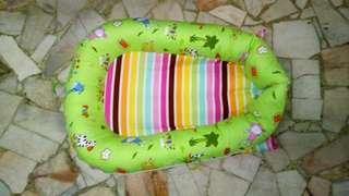 Baby dock by Apple Kraf