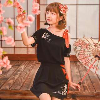 •PO #55 Black Mori Girl Shirt