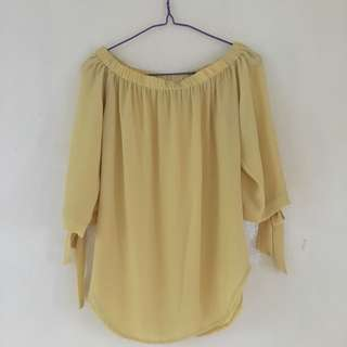 Avenue Top in Yellow