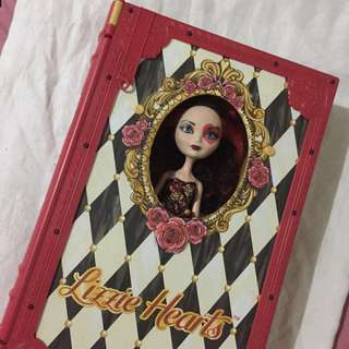 Lizzie Hearts Spring Unsprung Book Case and Doll