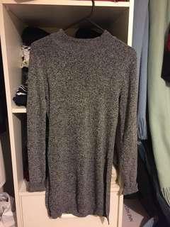 H&M grey knit dress/top