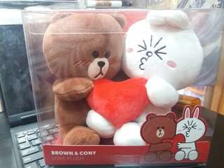 Line Friends Brown&Cony Love Plush 熊大兔兔愛心公仔