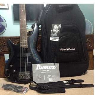 FS: SDGR Ibanez SR300L 4S left handed bass guitar active with road runner roaster gig bag, strap, cable and manual