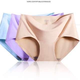 [SET OF 4] *QUALITY* BNIB Ladies Ultra Seamless Underwear