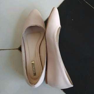 SEPATU / HEELS / FLATSHOES VNC size 37 warna pink muda