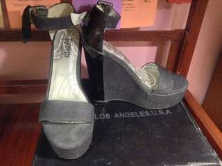Woman shoes (wedge)