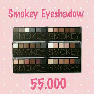Focallure Smokey Eyeshadow