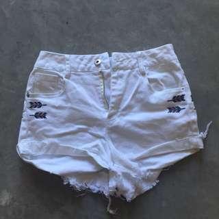 High-waist Rugged White Denim Shorts