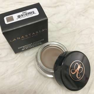 Anastasia Beverly Hills Taupe Dipbrow Pomade