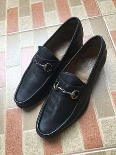 Gucci Horsebit Loafers Size 40 Authentic