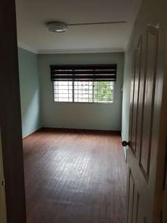 Tampines Newly reno room for rent