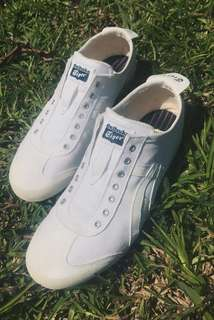 Onitsuka Tiger Slip-ons - White Canvas Shoes (Size 9 US)