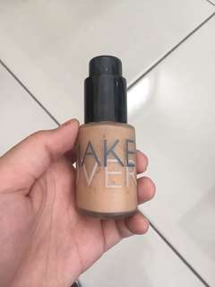Dijual Foundation Make Over