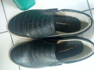 Airwalks Black