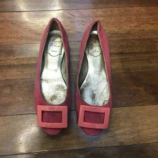 Authentic Roger Vivier flats