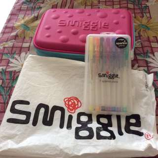 (Authentic)Smiggle Stationary Case plus Sparkle pens best offer