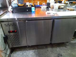 Counter Chiller for Urgent Sale!