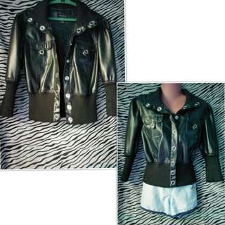 Leather Fashion Jacket. Fits from Small to Medium