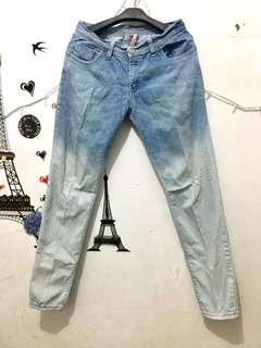 (REPRICE)cardinal jeans girl
