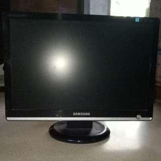 "Monitor Samsung 17"""