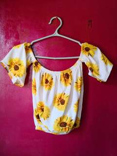 Offshoulder Sunflower terno