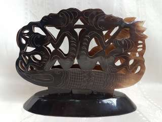 Buffalo horn carving stand