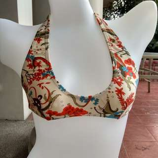 XS bikini top.