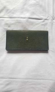 Green : Women leather wallet purse - genuine stingray leather
