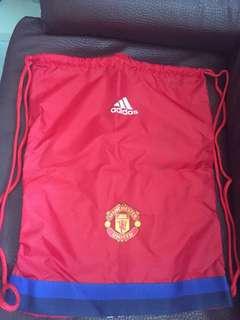 Adidas x 曼聯索袋
