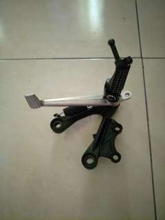 Right foot peg kawasaki zx6 2013