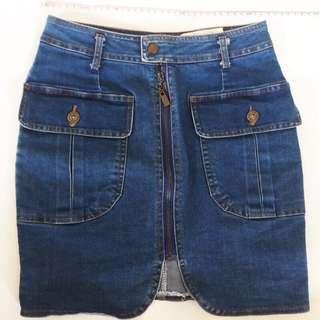🚚 [二手]正韓 轉賣大口袋壓釦拉鍊合身牛仔A字短裙