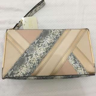 Newlook Clutch