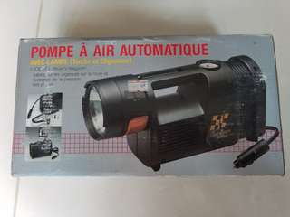 Auto air pump with light (torch & blinker)
