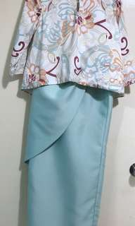 Innai Naila Kurung Set in Mint