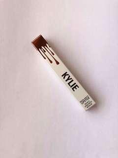 Kylie Metal Matte Lipstick (Reign)
