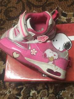 Snoopy Rubbershoes for girls