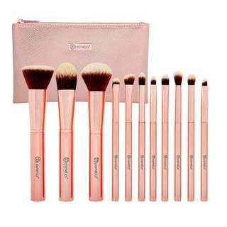 Instock: Metal Rose BH Cosmetics Brush Set