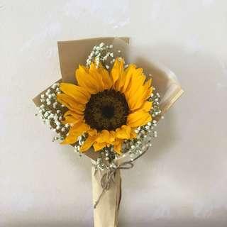 Sunflower Baby's Breath