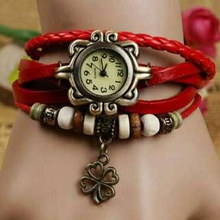 Weave leather bracelet with Quartz watch