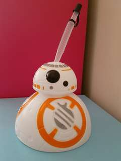 Star Wars BB8 tumblr with straw