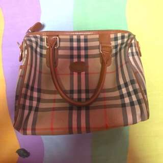 ORIGINAL BURBERRY HAND BAG